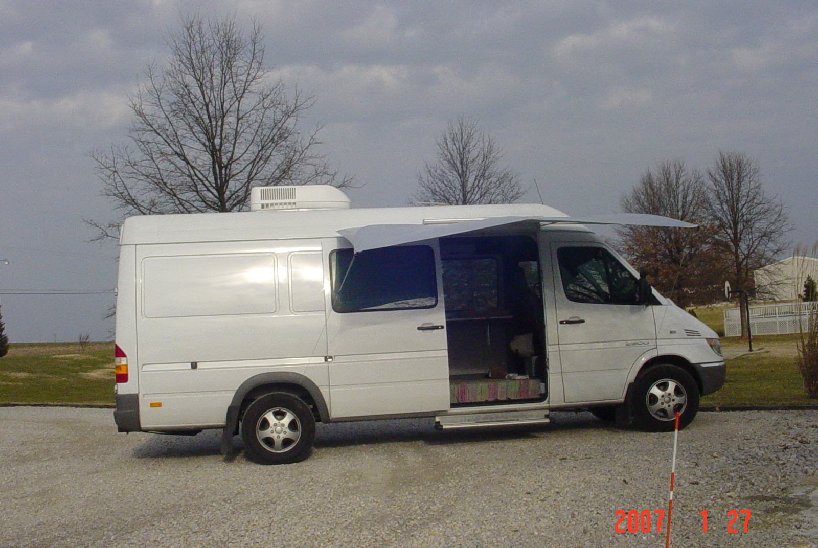 Sprinter Van Awning 28 Images Conversion Van Retractable Awning Autos Post Mercedes